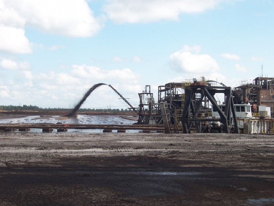 Heavy minerals dredge mining at North Maxville Mine